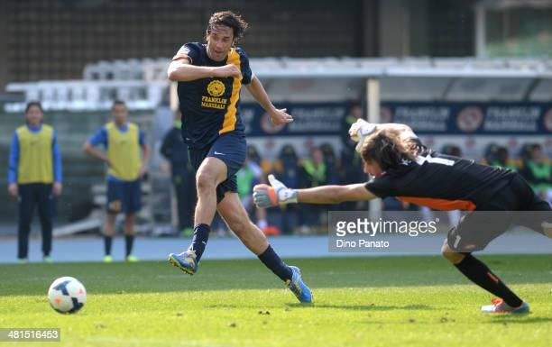 Luca Toni of Hellas Verona scores his teams second goal during the Serie A match between Hellas Verona FC and Genoa CFC at Stadio Marc'Antonio...