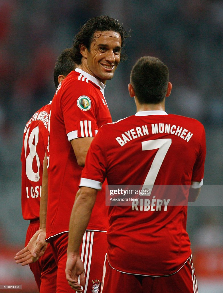 FC Bayern Muenchen v Rot-Weiss Oberhausen - DFB Cup