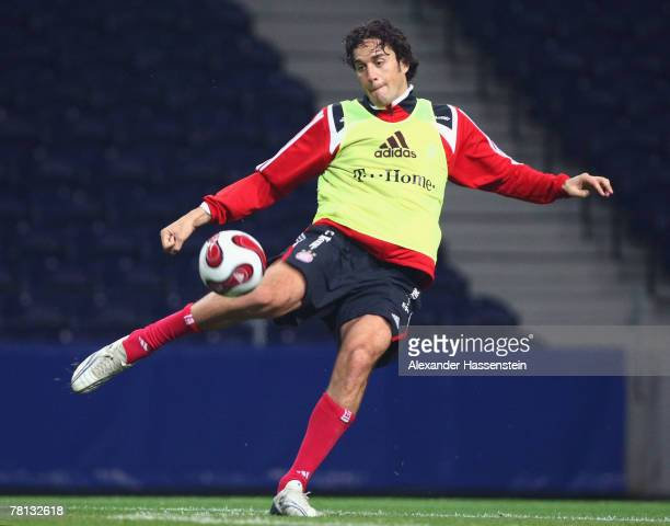 Luca Toni of Munich kicks the ball during a training session at the Estadio Do Dragao on November 28 2007 in Porto Portugal The UEFA Cup match...