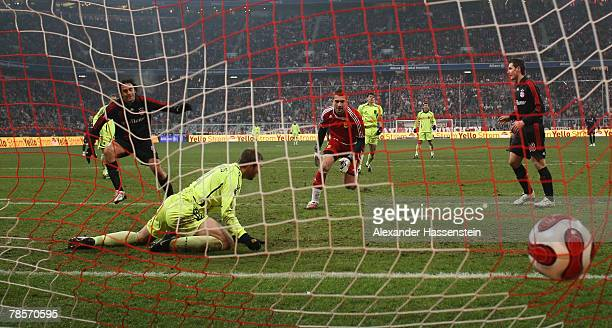 Luca Toni of Munich scores the second goal during the UEFA Cup Group F match between Bayern Munich and Aris Saloniki at the Allianz Arena on December...