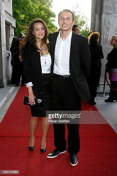 Luca Verhoeven and wife Stephanie Verhoeven attend the 'Bayerischer Fernsehpreis 2010' at the Prinzregententheater on May 21 2010 in Munich Germany