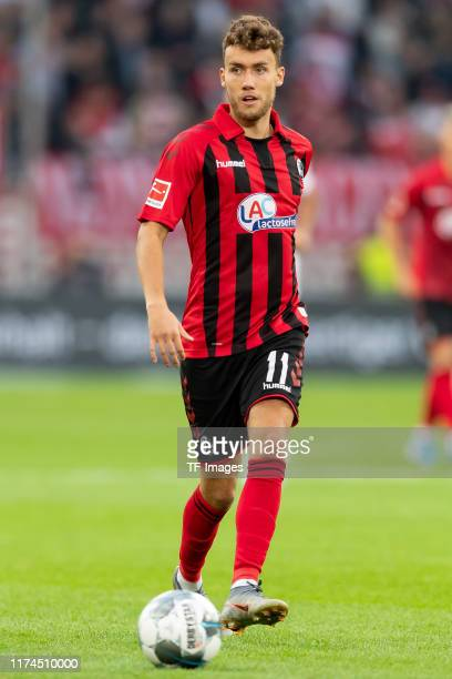 Luca Waldschmidt of SC Freiburg controls the ball during the Bundesliga match between Fortuna Duesseldorf and SportClub Freiburg at Merkur SpielArena...