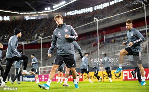 Luca Waldschmidt warms up during a German National Team training session at Merkur Spiel-Arena on November 14, 2019 in Duesseldorf, Germany. Germany...