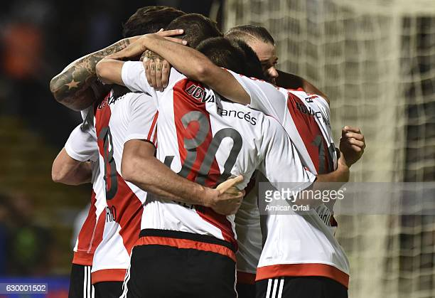 Lucas Alario of River Plate celebrates with teammates after scoring the second goal of his team during a final match between River Plate and Rosario...