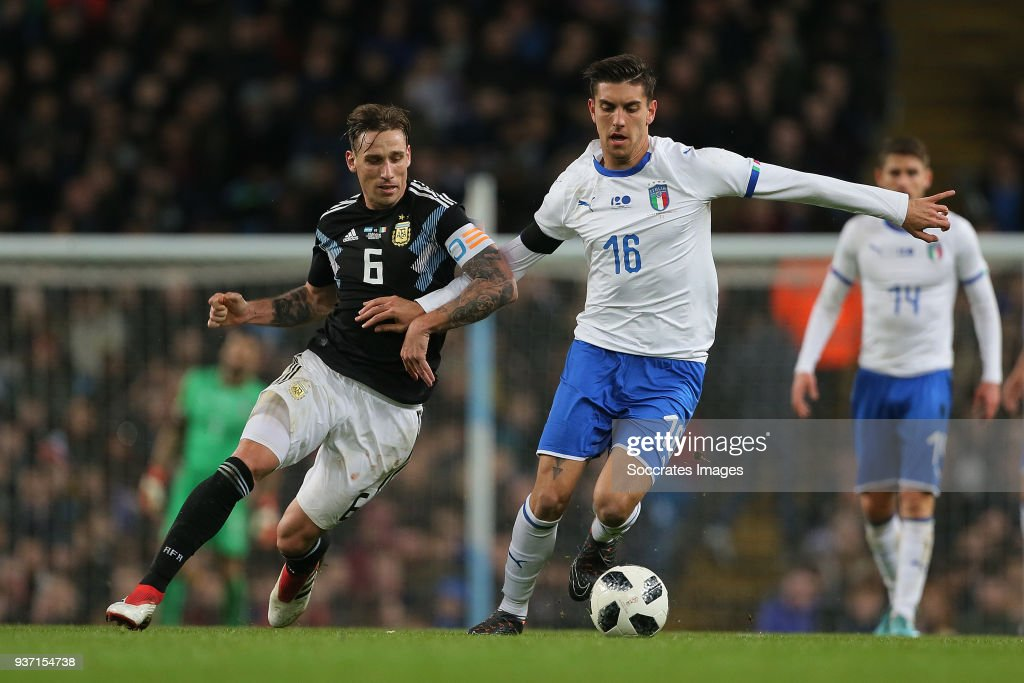 Lucas Biglia of Argentina, Lorenzo Pellegrini of Italy during the International Friendly match between Italy v Argentina at the Etihad Stadium on March 23, 2018 in Manchester United Kingdom