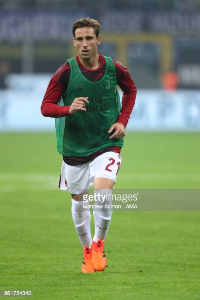 Lucas Bigliai of AC Milan warms up prior to the Serie A match between FC Internazionale and AC Milan at Stadio Giuseppe Meazza on October 15 2017 in...