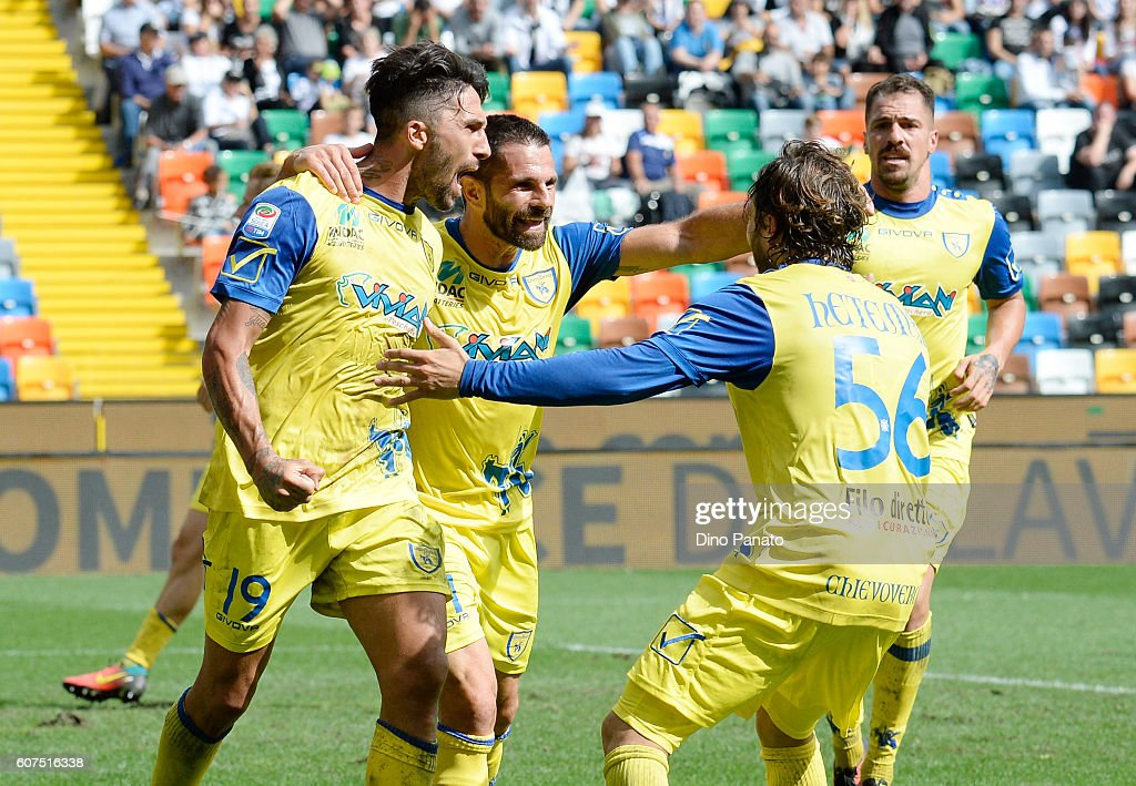 Udinese Calcio v AC ChievoVerona - Serie A : ニュース写真