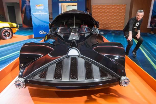 Black Line Studio Pictures Getty Images - Classic car studio tv show