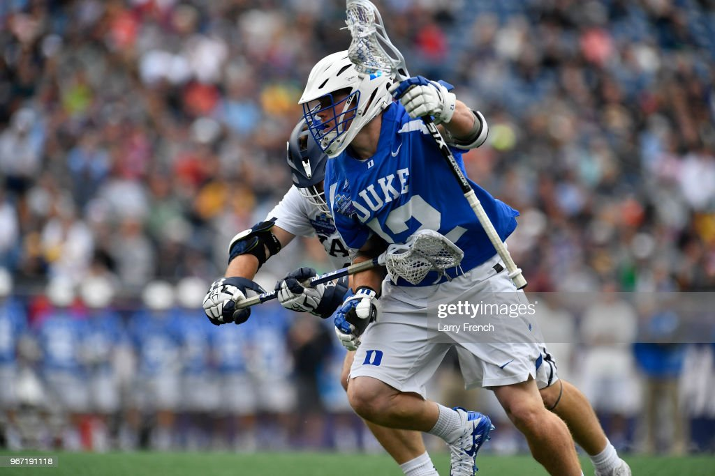 Lucas Cotler of Yale University defends against Kevin ...