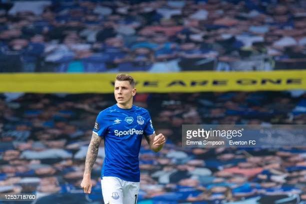 5 544 Lucas Digne Pictures Photos And Premium High Res Pictures Getty Images