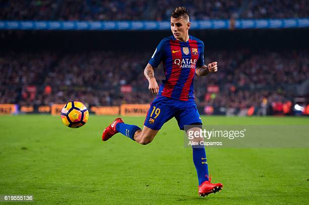 Lucas Digne of FC Barcelona controls the ball during the La Liga match between FC Barcelona and Granada CF at Camp Nou stadium on October 29 2016 in...