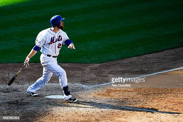 Lucas Duda of the New York Mets hits a home run scoring teammate Daniel Murphy in the eighth inning against the Houston Astros at Citi Field on...