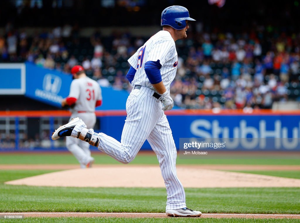 Lucas Duda #21 of the New York Mets runs the bases after his second inning home run against Lance Lynn #31 of the St. Louis Cardinals on July 20, 2017 at Citi Field in the Flushing neighborhood of the Queens borough of New York City.