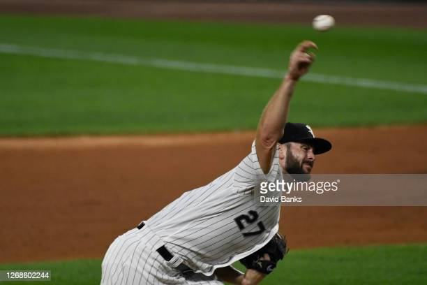 Lucas Giolito of the Chicago White Sox pitches against the Pittsburgh Pirates during the fifth inning on August 25, 2020 in Chicago, Illinois.
