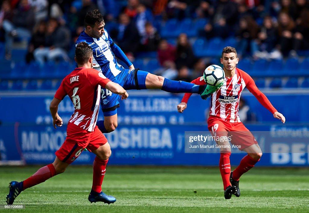 Deportivo Alaves v Atletico Madrid - La Liga