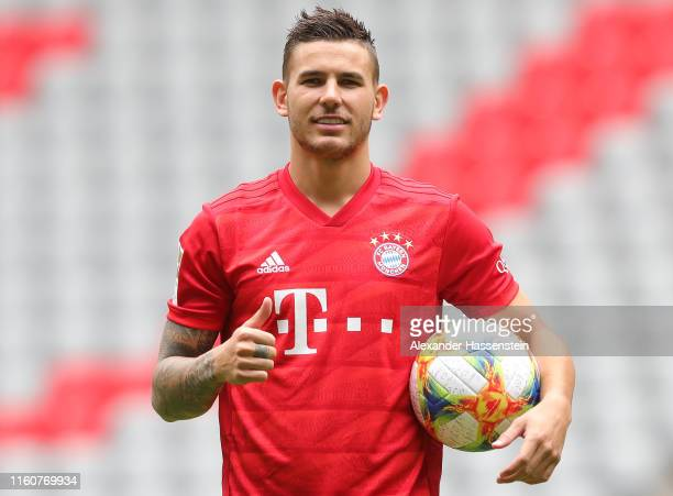 Lucas Hernandez of FC Bayern Muenchen poses with the Adidas Conext 19 official ball of the 2019 FIFA Women's World Cup France after a press...