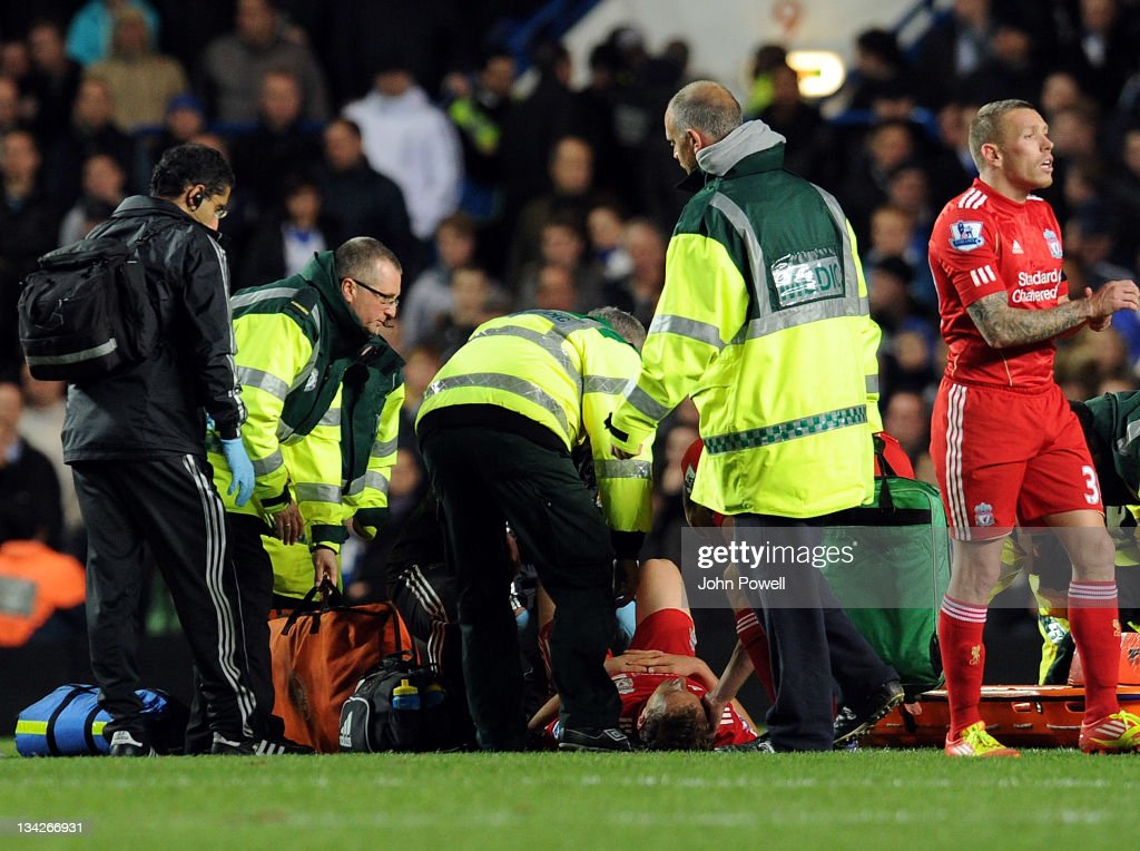 Chelsea v Liverpool - Carling Cup Quarter Final : News Photo