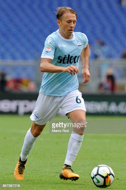 Lucas Leiva of SS Lazio in action during the Serie A match between SS Lazio and US Sassuolo at Stadio Olimpico on October 1 2017 in Rome Italy