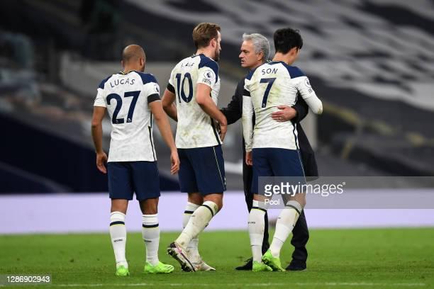 Lucas Moura Harry Kane of Tottenham Hotspur Jose Mourinho Manager of Tottenham Hotspur and HeungMin Son of Tottenham Hotspur celebrate following...