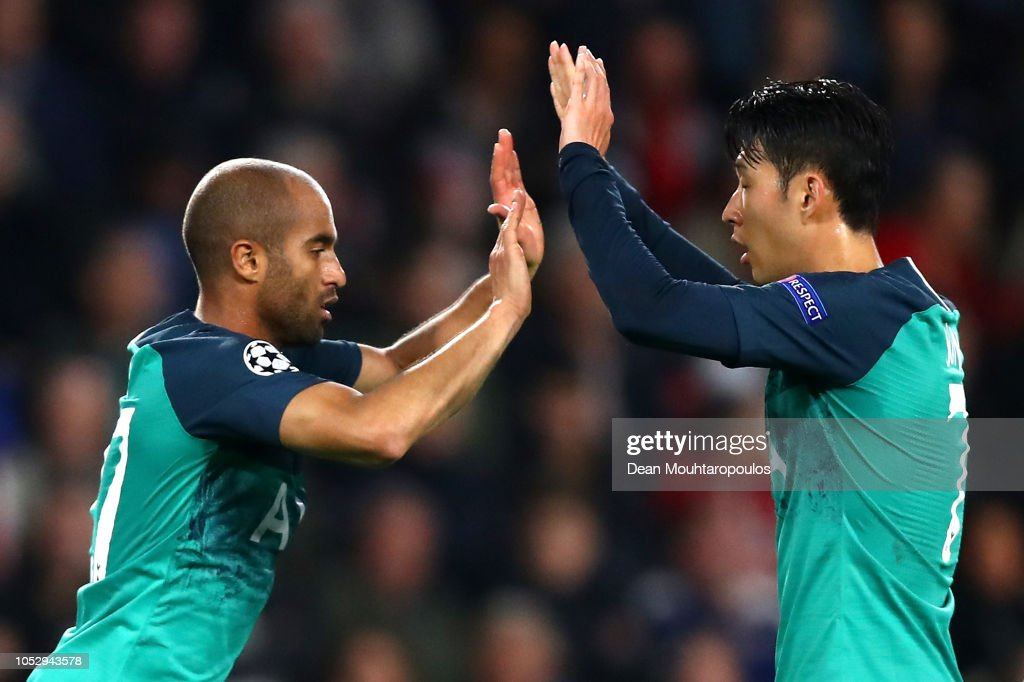 PSV v Tottenham Hotspur - UEFA Champions League Group B : Fotografía de noticias