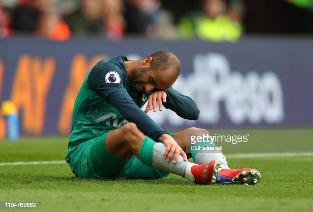 Lucas Moura of Tottenham Hotspur reacts during the Premier League match between Southampton FC and Tottenham Hotspur at St Mary's Stadium on March 09...
