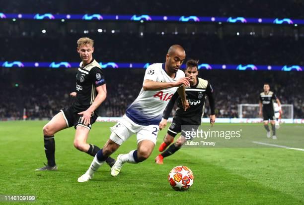 Lucas Moura of Tottenham Hotspur runs evades Frenkie de Jong of Ajax during the UEFA Champions League Semi Final first leg match between Tottenham...