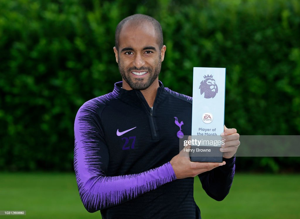 Lucas Moura Wins the EA Sports Player of the Month Award - August 2018 : News Photo