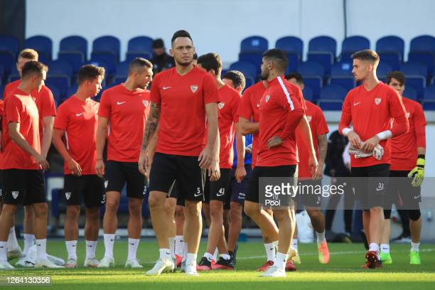 Lucas Ocampos and team mates during a Sevilla Training Session And Press Conference at MSV Arena on August 05 2020 in Duisburg Germany