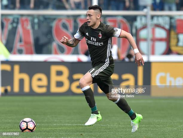 Lucas Ocampos of AC Milan in action during the Serie A match between Pescara Calcio and AC Milan at Adriatico Stadium on April 2 2017 in Pescara Italy