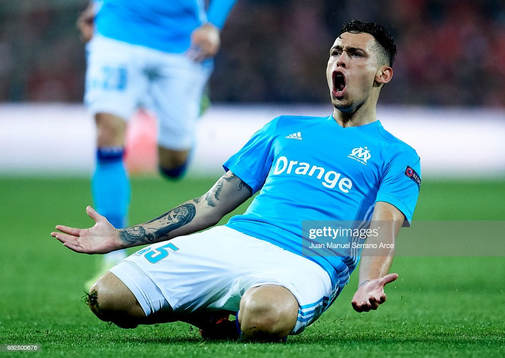 Lucas Ocampos of Marseill celebrates after scoring his team's second goal during UEFA Europa League Round of 16 match between Athletic Club Bilbao and Olympique Marseille at the San Mames Stadium on March 15, 2018 in Bilbao, Spain.