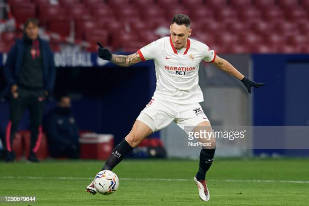 Lucas Ocampos of Sevilla controls the ball during the La Liga Santander match between Atletico de Madrid and Sevilla FC at Estadio Wanda...