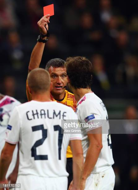 Lucas Orban of Bordeaux is sent off by referee Andre Marriner during the UEFA Europa League Group F match between Eintracht Frankfurt and FC...