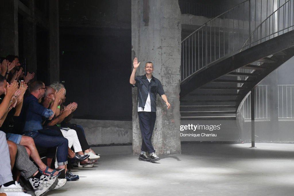 Lanvin : Runway - Paris Fashion Week - Menswear Spring/Summer 2019 : ニュース写真