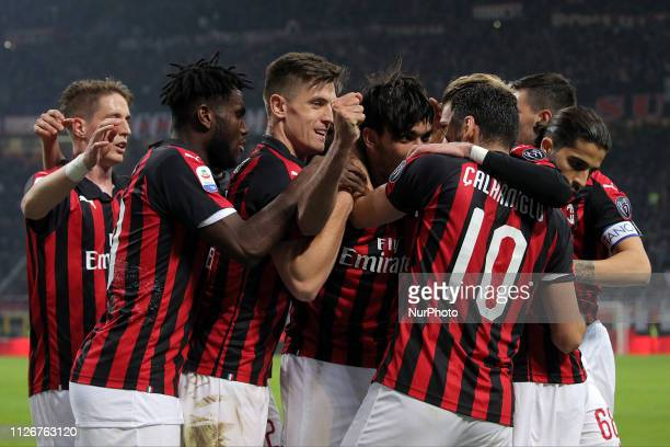 Lucas Paqueta of AC Milan celebrates with teammates a goal that was later disallowed by the VAR during the serie A match between AC Milan and Empoli...