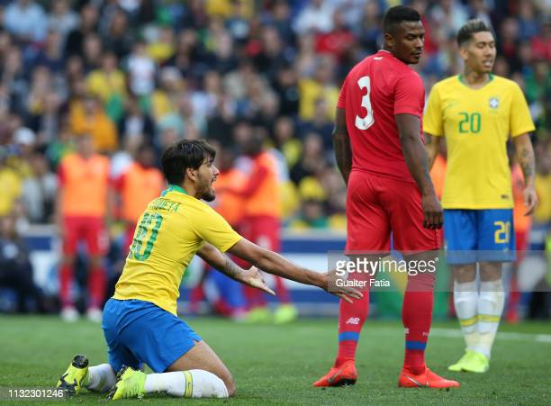 Lucas Paqueta of Brazil and AC Milan reaction after referee decision during the International Friendly match between Brazil and Panama at Estadio do...