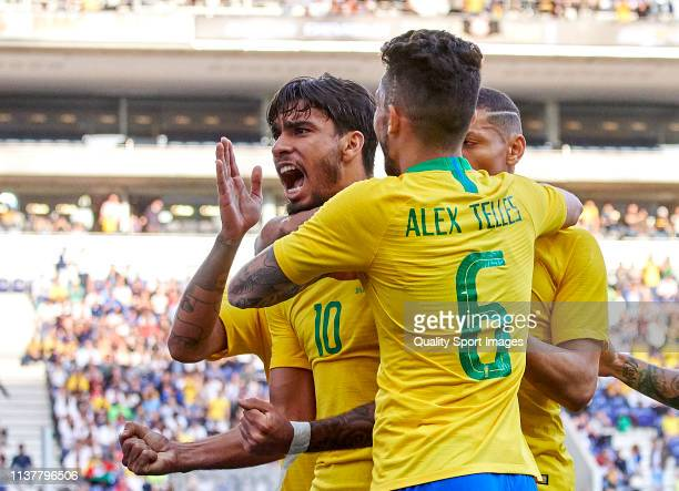 Lucas Paqueta of Brazil celebrates with his team mates after scoring his team's first goal during the International Friendly match between Brazil and...