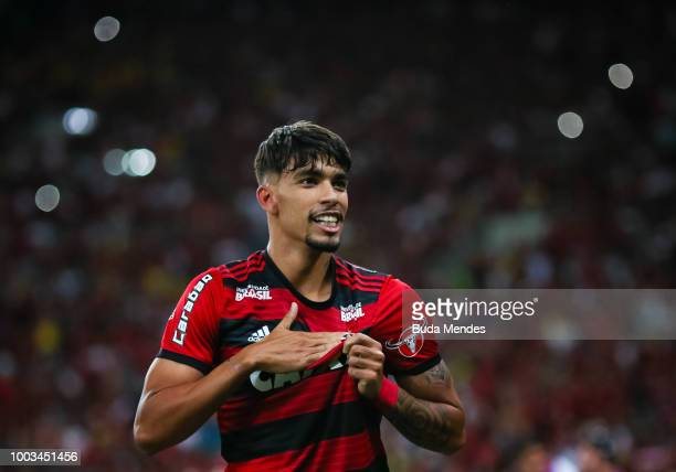 Lucas Paqueta of Flamengo celebrates after scoring the second goal against Botafogo during a match between Flamengo and Botafogo as part of...