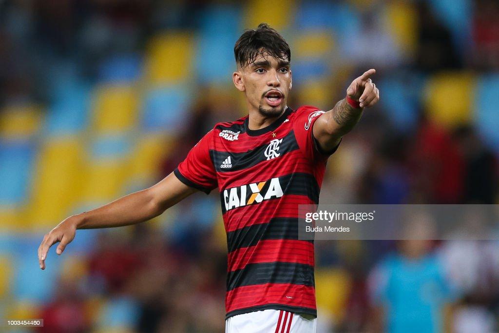 Flamengo v Botafogo - Brasileirao Series A 2018 : News Photo