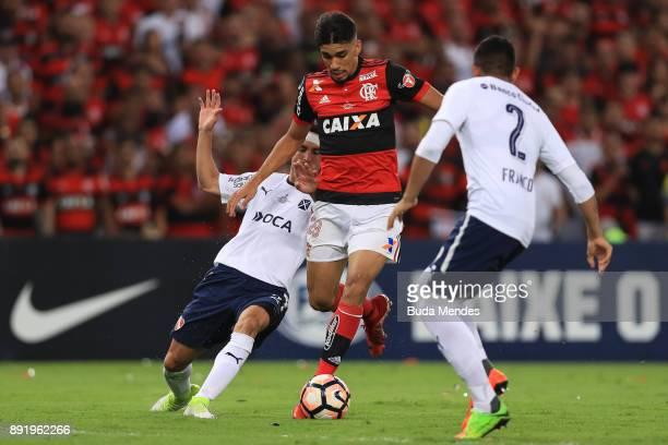 Lucas Paqueta of Flamengo struggles for the ball with a players Independiente during the second leg of the Copa Sudamericana 2017 final between...