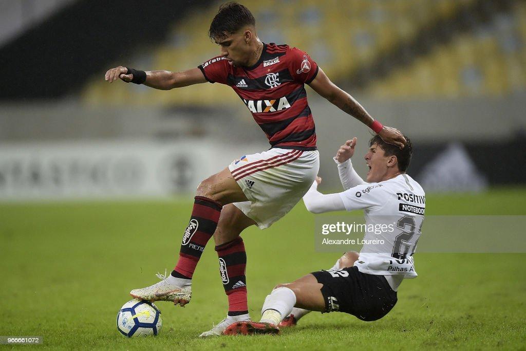 Flamengo v Corinthians - Brasileirao Series A 2018 : News Photo
