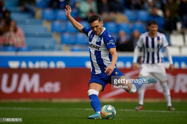 Lucas Perez of Alaves shooting to goal during the Liga match between Deportivo Alaves and Real Valladolid CF at Estadio de Mendizorroza on November...