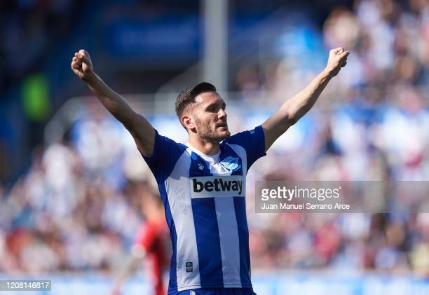 Lucas Perez of Deportivo Alaves celebrates after scoring goal during the Liga match between Deportivo Alaves and Athletic Club at Estadio de...