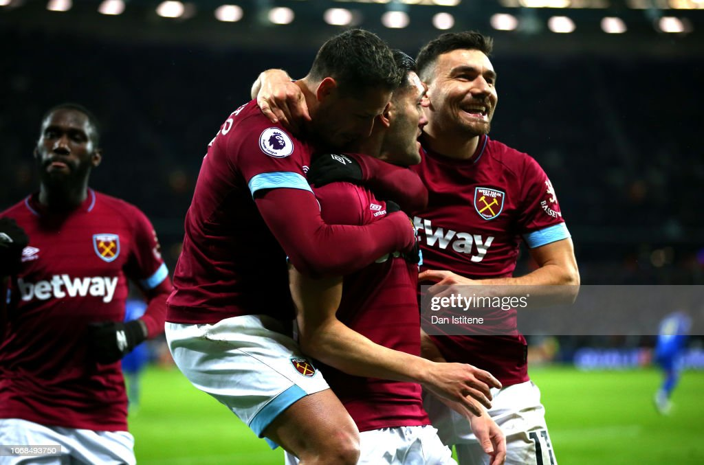 West Ham United v Cardiff City - Premier League : News Photo