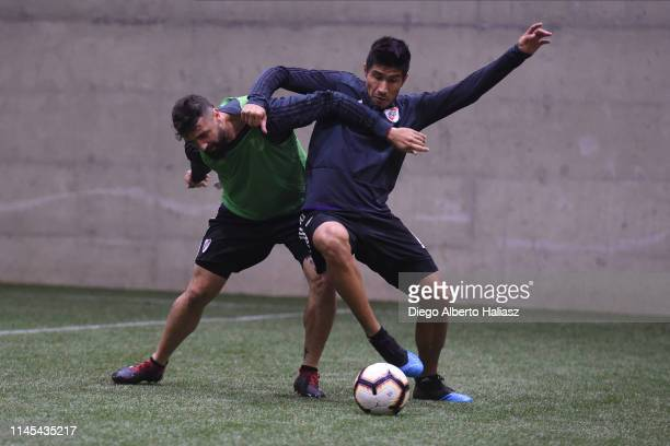 Lucas Pratto and Luciano Lollo of River Plate during a training session at CAT Alfredo Gottardi on May 21 2019 in Curitiba Brazil River Plate will...