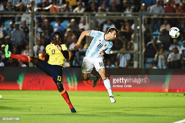 Lucas Pratto of Argentina heads the ball to score the second goal of his team during a match between Argentina and Colombia as part of FIFA 2018...