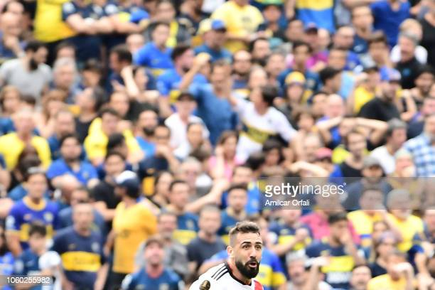 Lucas Pratto of River Plate celebrates after scoring the first goal of his team during the first leg match between Boca Juniors and River Plate as...