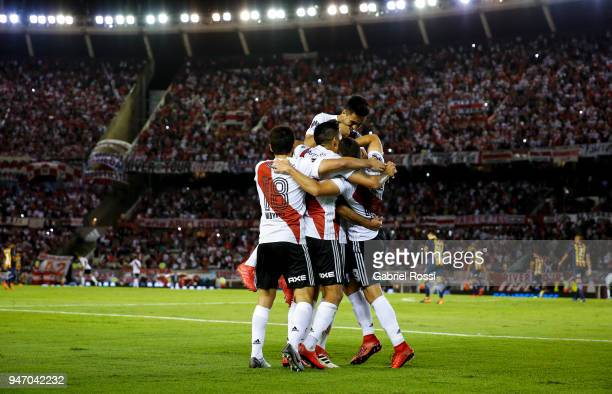 Lucas Pratto of River Plate celebrates with teammates after scoring the second goal of his team during a match between River Plate and Rosario...