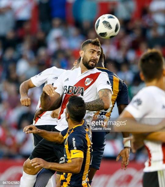 Lucas Pratto of River Plate heads the ball during a match between River Plate and Rosario Central as part of Superliga 2017/18 at Estadio Monumental...