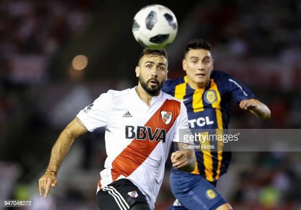 Lucas Pratto of River Plate looks the ball during a match between River Plate and Rosario Central as part of Superliga 2017/18 at Estadio Monumental...
