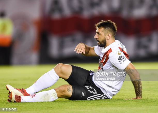 Lucas Pratto of River Plate reacts after misses a shot during a Copa CONMEBOL Libertadores match between River Plate and Independiente Santa Fe at...